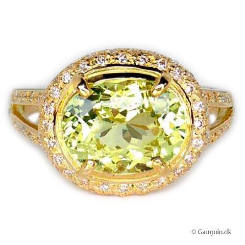 4,18 ct Chrysoberyl og diamant ring